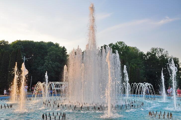 Фонтан в Центральном парке Тулы