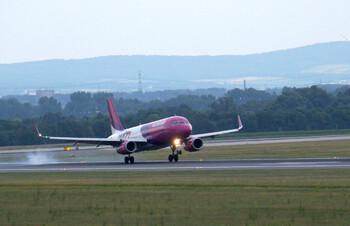 Wizz Air возобновила рейсы из Петербурга в Лондон