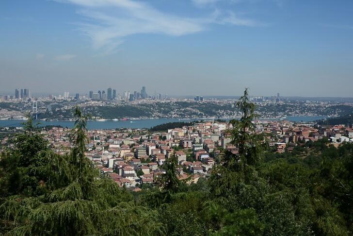 Вид на Стамбул из парка Чамлыджа