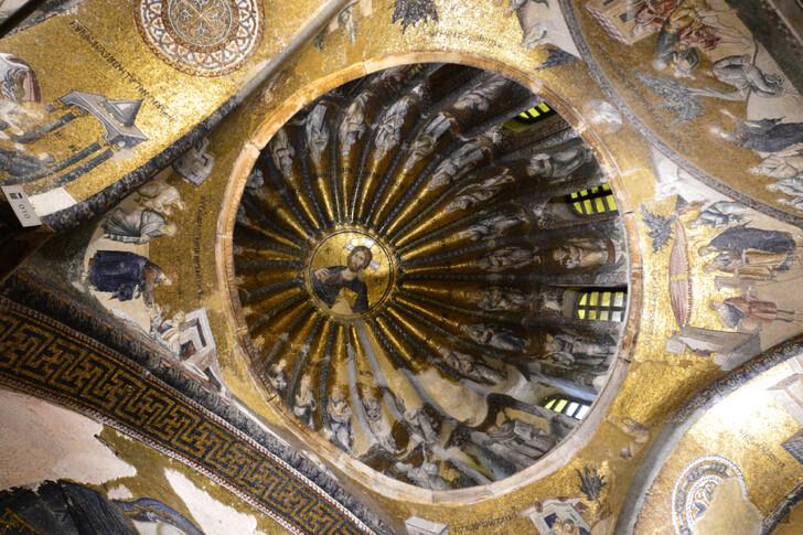 Мозаики в монастыре Хора