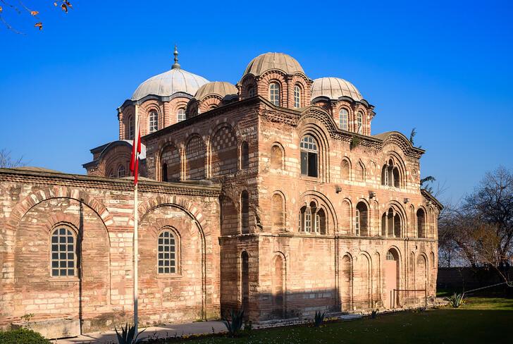 Церковь Богоматери Паммакаристы