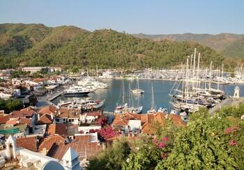 Названы самые популярные у россиян курорты Эгейского моря в Турции