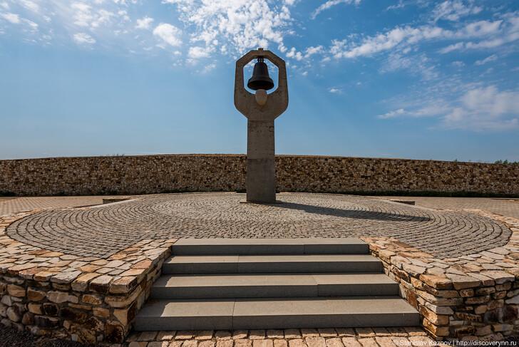 Мемориальный комплекс «Россошки»
