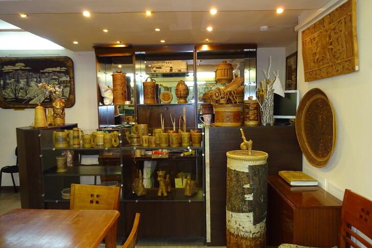 Магазин при музее сибирской бересты