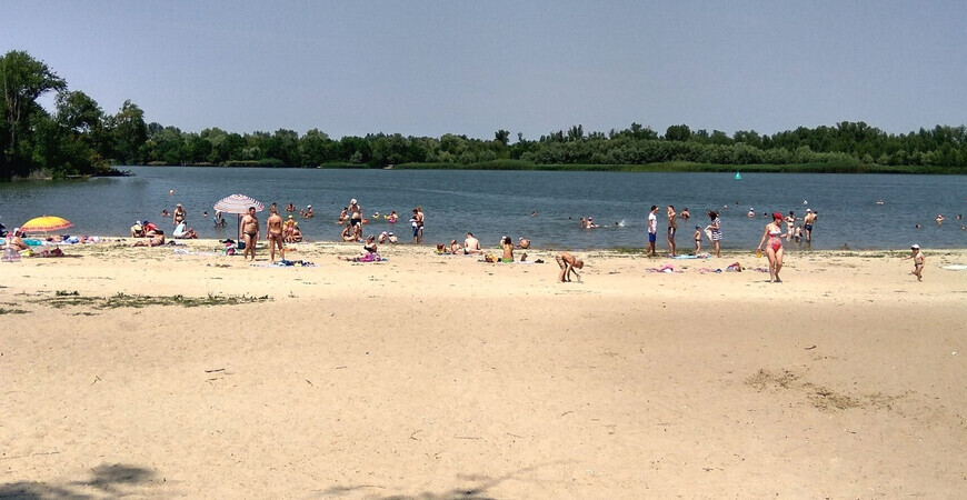 Центральный городской <br/> пляж Азова
