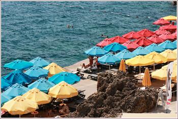 Анталия в августе приняла более 336 000 туристов из РФ