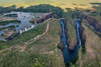 Зимбабве возобновит международное авиасообщение с октября