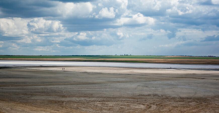 Соленое озеро в Веселовке
