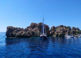 На пиратском корабле по Эгейским островкам