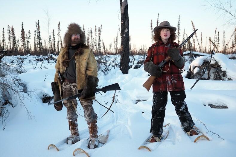 Семья прожила больше 20 лет в лесу за 400 километров от цивилизации фото-история семьи Атчли в диких краях Аляски