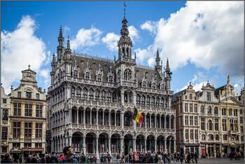 В Брюсселе с октября отменят обязательный масочный режим на улицах
