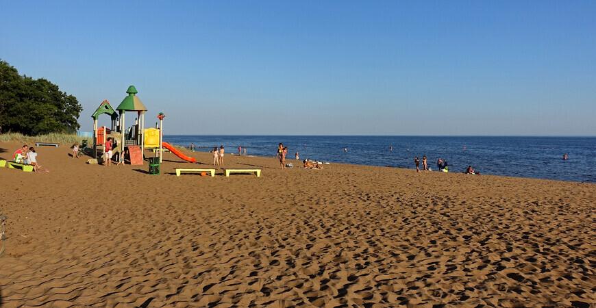 Детский пляж в Ушково