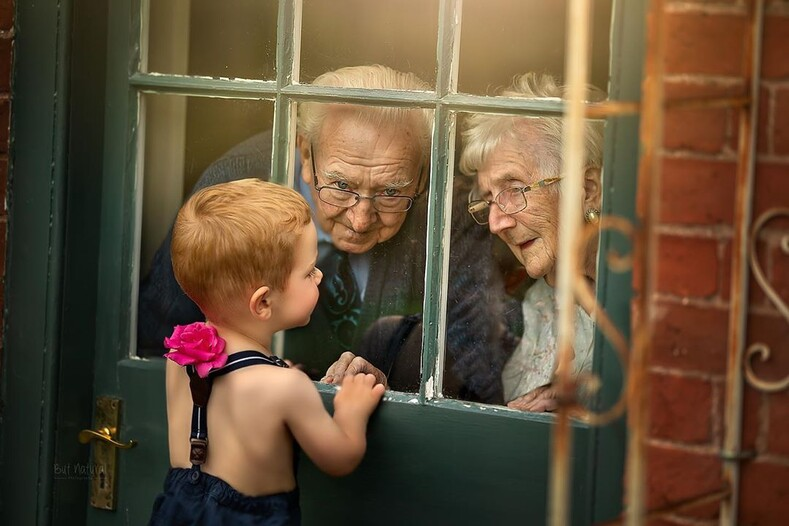 Трогательная история любви длиной в 70 лет: фото пары долгожителей из Великобритании