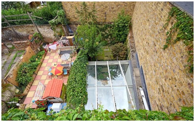 Выставлен на продажу самый узкий таунхаус в Лондоне: фото дома изнутри, где между стенами всего 1,8 метра