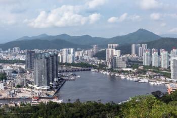 Время паромной переправы на остров Хайнань сократилось вдвое
