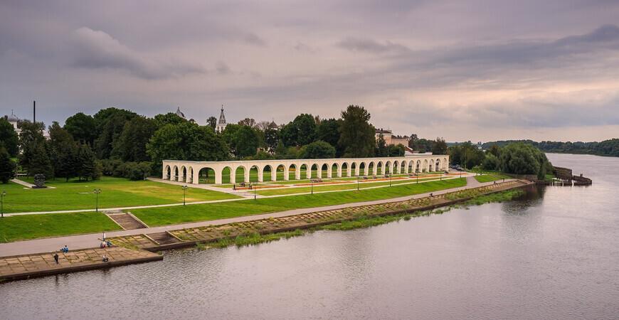 Набережная Александра Невского в Великом Новгороде