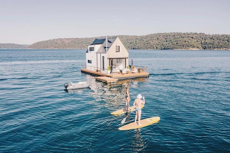 В Австралии запустили плавучий отель на солнечной энергии фото виллы для отдыха подальше от людей