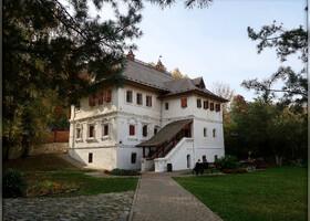 В доме Ершова (Сапожникова) исключительно интересный Музей купечества
