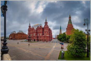 Минздрав рекомендует россиянам оставаться дома в эти выходные