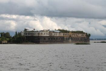 В «Чумном форте» Кронштадта откроется отель