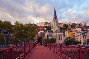 В четырёх городах Франции ужесточили ограничения из-за коронавируса