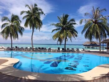 Мальдивы по итогам года планируют принять более 100 000 туристов