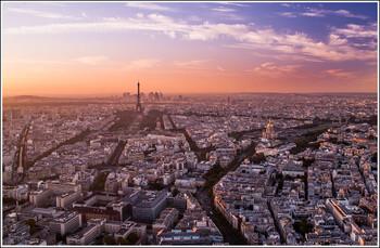 Во Франции вводят комендантский час из-за коронавируса
