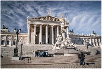 В Австрии ужесточили ограничительные меры
