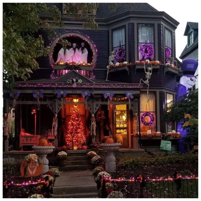 Как на Западе готовятся к Хэллоуину фото самых диких и по-страшному украшенных домов, поразивших пользователей Сети