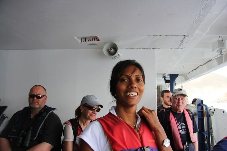 Девушка из службы иммиграционного контроля, остров Святой Елены, Британские заморские территории.