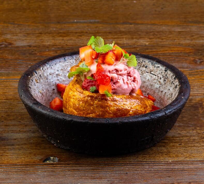 Запеченный камамбер и горячая фокачча  вкусное меню ресторана Galki