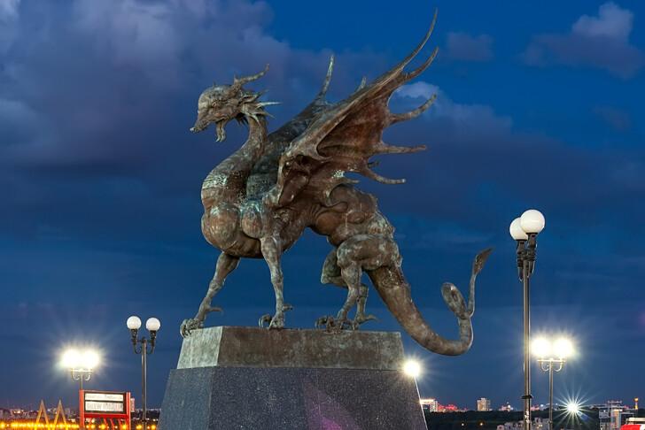 Скульптуры у ЗАГСа