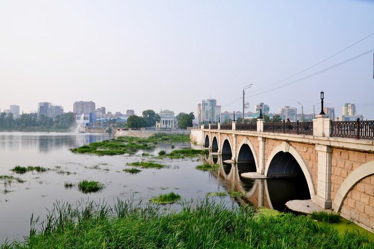 Троицкий мост через Миасс