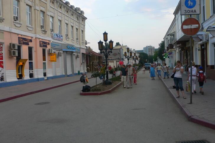 Улица Земская