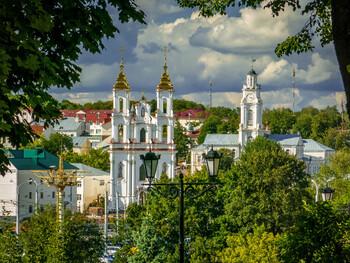 Беларусь закрывает границу на въезд для иностранцев