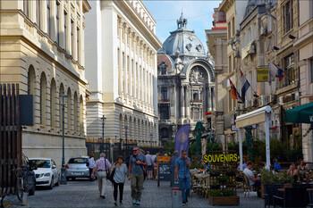 В Румынии вводят частичный карантин и комендантский час