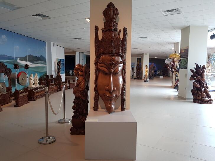 Экспозиция в Морском выставочном центре