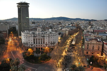 В Каталонии откроют бары, рестораны и кинотеатры