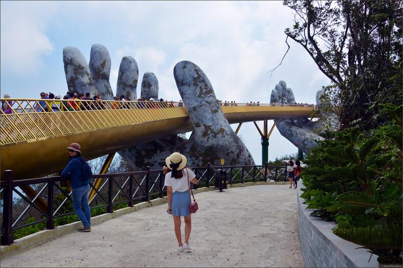 Золотой мост во Вьетнаме — прикосновение к небу