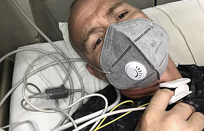 Британец пережил малярию, лихорадку денге и COVID-19, но судьба приготовила ему новое испытание - укус королевской кобры
