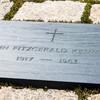 Могила Джона Кеннеди на Арлингтонском кладбище
