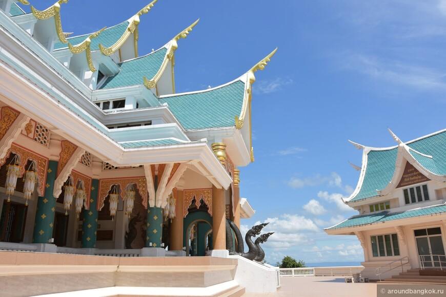 Ват ПаПуКон - бирюза, золото и мрамор в горах Таиланда