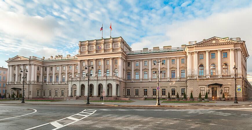 Мариинский дворец<br/> в Санкт-Петербурге