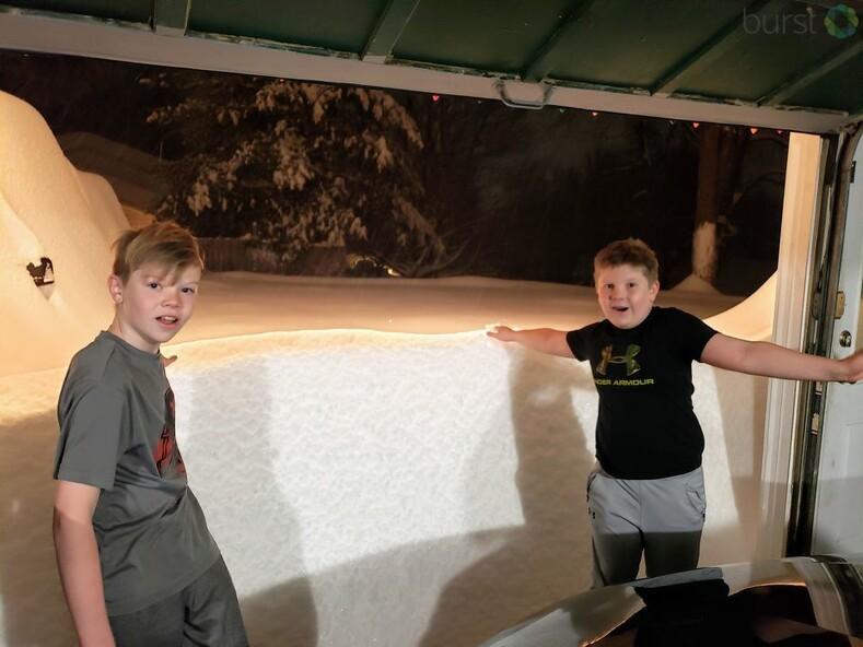 Снежный шторм Гейл: за ночь город засыпало рекордным слоем снега