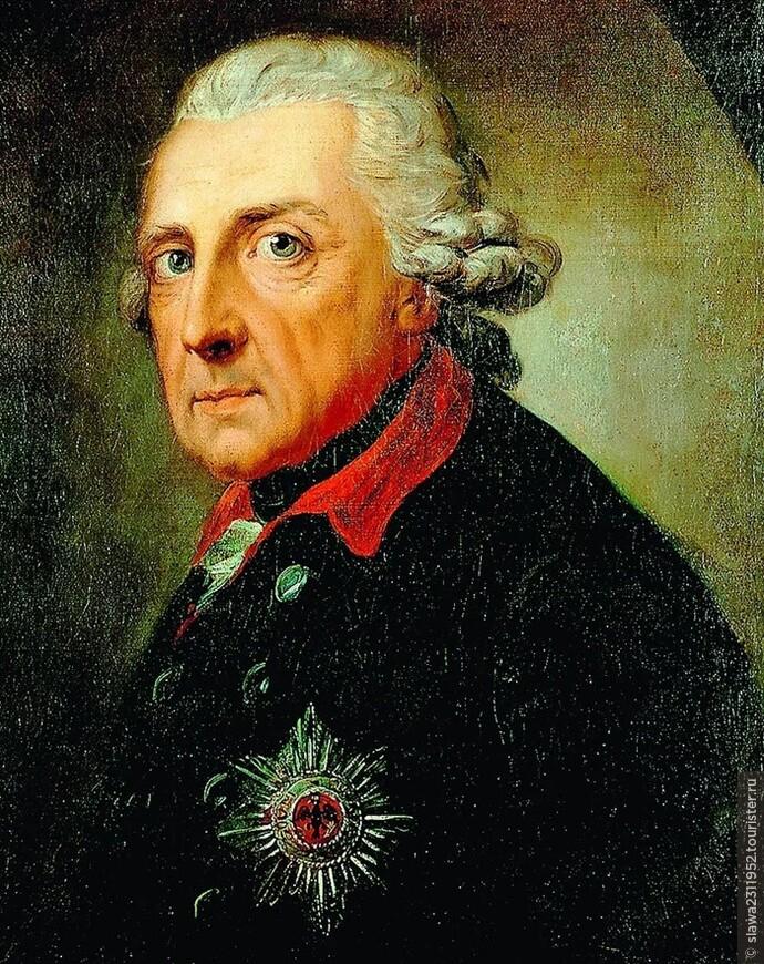 Почему на могилу великого Фридриха кладут картошку?