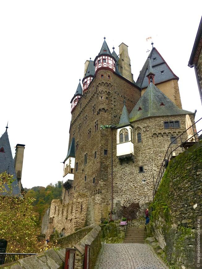Этот странный замок Эльтц
