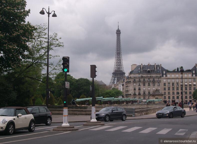 По Парижу на автобусе.