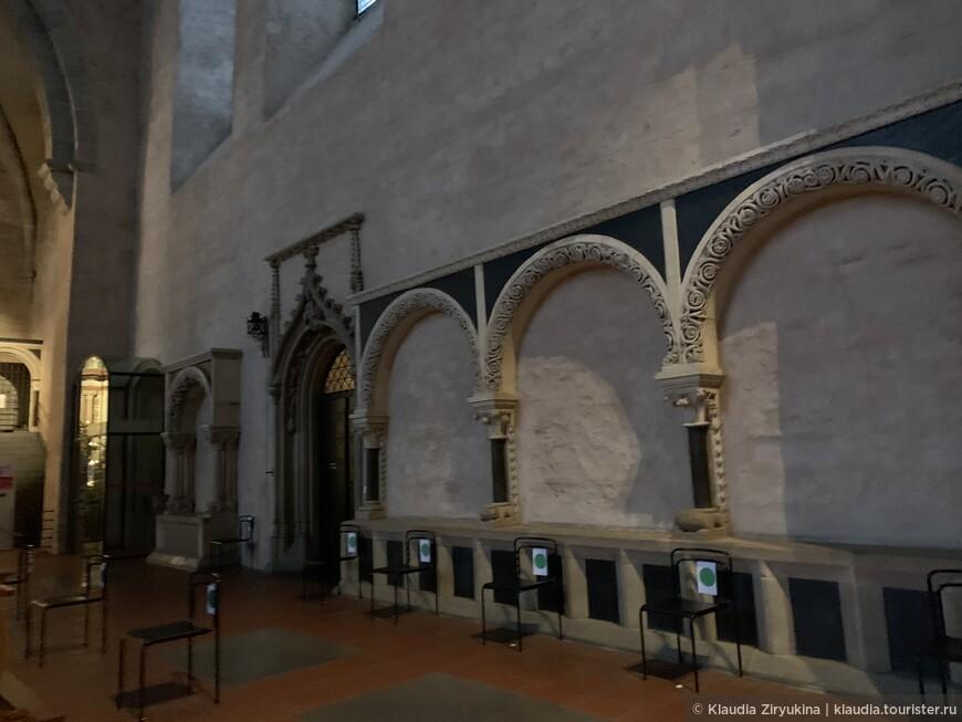 Роскошнейший романский собор — старейший в Германии