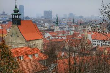 Словакия продлила действие режима ЧС