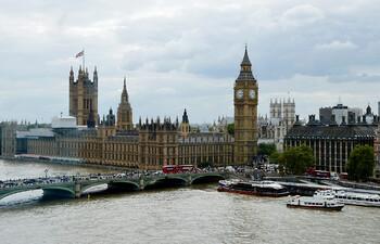 Великобритания прекращает авиасообщение со всей Южной Америкой и Португалией